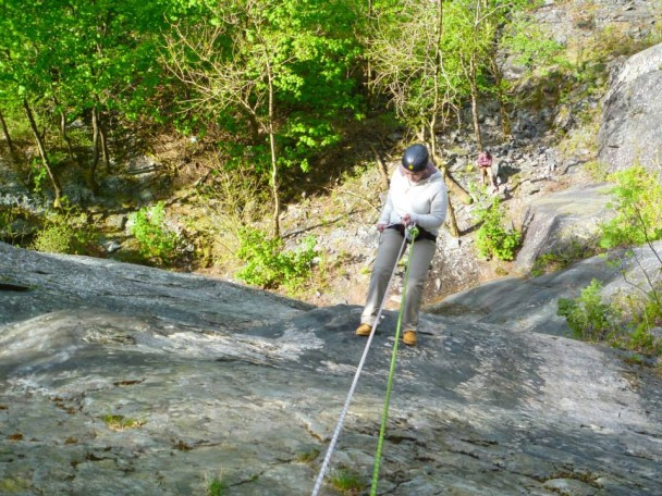 379587 10151661953251675 1728847090 n 608x456 Rock Climbing & Abseiling in the Bank Holiday sunshine