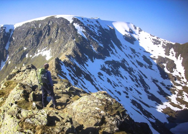 1966262 588147797942947 1069010923 o 608x432 Winter skills course: an alpine Helvellyn traverse