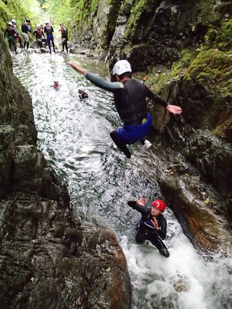 10377989 666807376743655 8236263830625781166 n 456x608 Canyoning: Theos Stag Doo