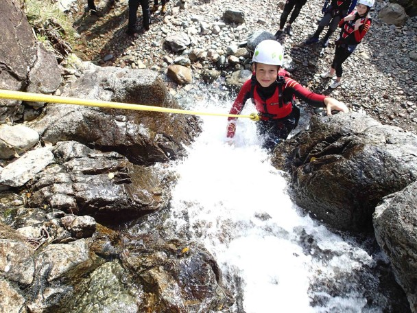 10452843 671817732909286 6363398754085286702 o 608x456 Multi activity day: abseiling & gorge scrambling x2