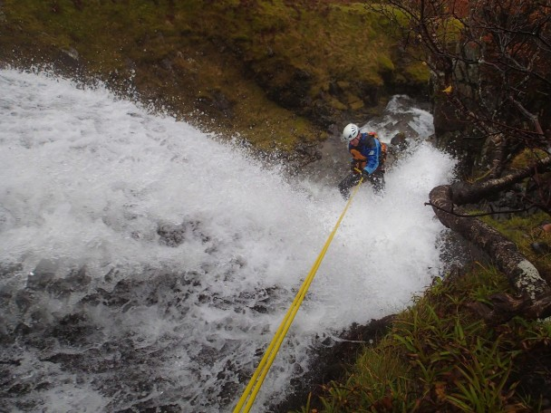 10648623 703795689711490 1171427906859980412 o 608x456 Canyoning: a new trip ready for 2015