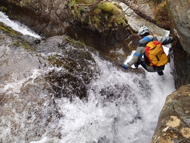1537853 700036650087394 2016104435641575056 o 608x456 Canyoning: a new trip ready for 2015