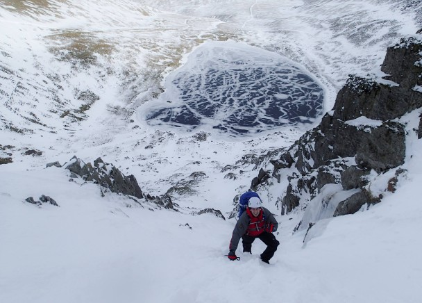 10923802 765199720237753 6471438381625147750 o 608x436 Winter skills course: amazing conditions on Helvellyn